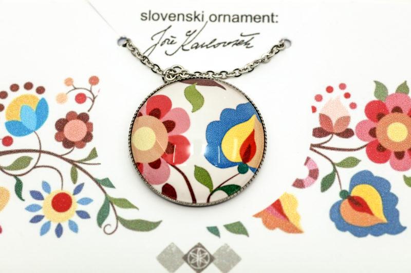 Medaljon slovenski ornament Jože Karlovšek